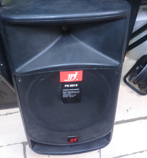Plastic cabinet mid speakers